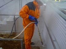 エコロビームタイル洗浄施工中