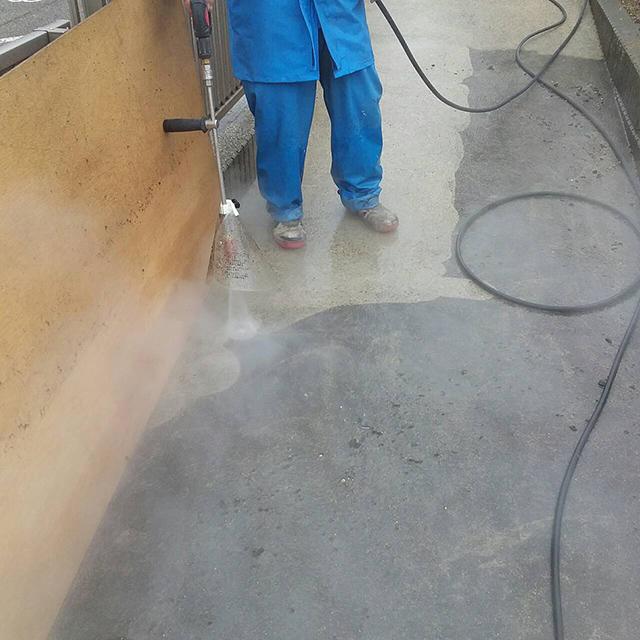 エコロビーム洗浄中